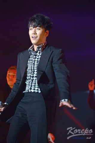 girls_award_seungri_004