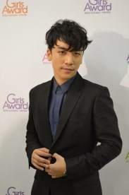 girls_award_seungri_008
