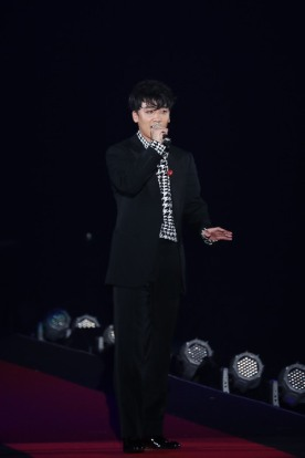 girls_award_seungri_n