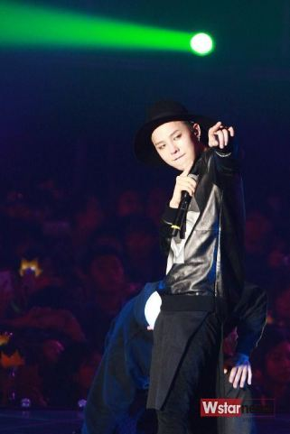 stay_G_concert_g-dragon_019