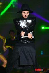 stay_G_concert_g-dragon_024