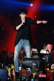 stay_G_concert_seungri_004