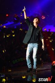stay_G_concert_seungri_008